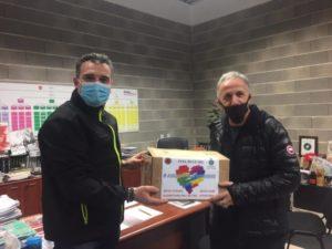 Feel Blue consegna 1000 mascherine mediche al Comune di Sarnano e altre 1000 al Comune di Loro Piceno